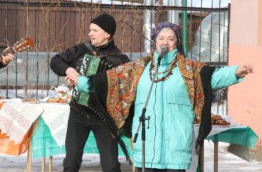 17 февраля на территории прихода церквей в честь Смоленской и Владимирской икон Божией Матери Канавинского благочиния состоялся праздник Масленицы!