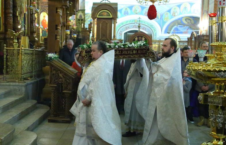 В праздник Воскресения Христова митрополит Георгий возглавил богослужения в Александро-Невском кафедральном соборе Нижнего Новгорода