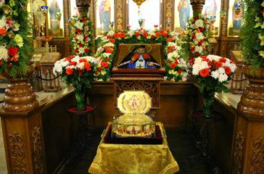 За два дня к мощам святителя Луки в Нижнем Новгороде приложилось 12500 верующих