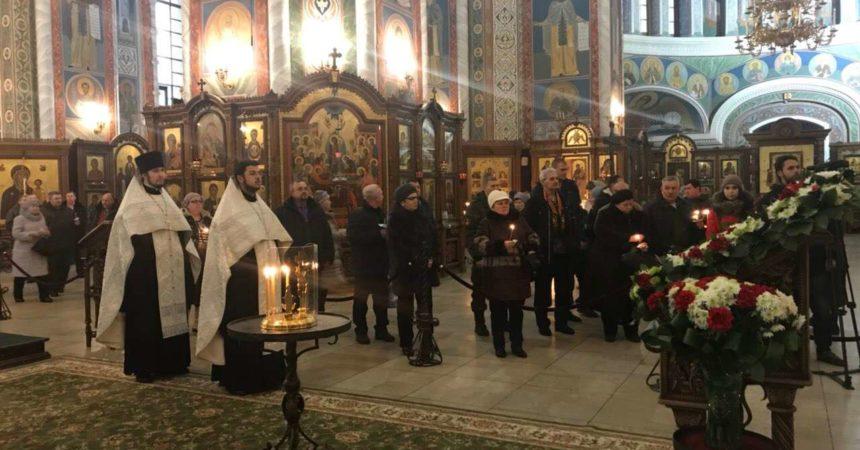 Отслужена панихида по погибшим в Чечне военнослужащим