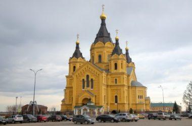Глава Нижегородской митрополии совершил утреню с чтением Великого канона преподобного Андрея Критского