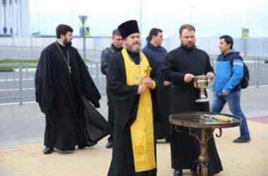 У Александро-Невского кафедрального собора Нижнего Новгорода высадили липовую аллею