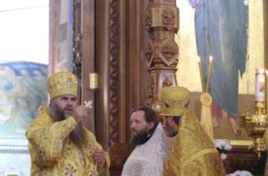 Митрополит Георгий совершил Божественную литургию в Александро-Невском кафедральном соборе Канавинского благочиния Нижнего Новгорода