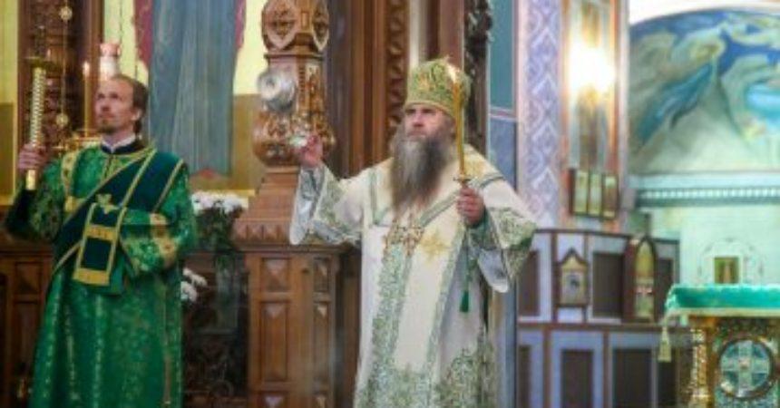 Глава Нижегородской митрополии совершил всенощное бдение в Александро-Невском кафедральном соборе Нижнего Новгорода