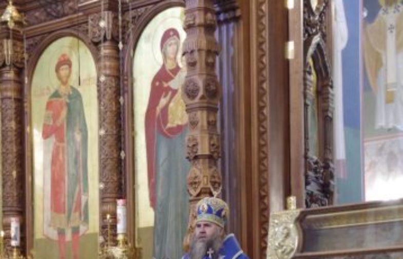 Митрополит Георгий возглавил Божественную литургию в Александро-Невском кафедральном соборе