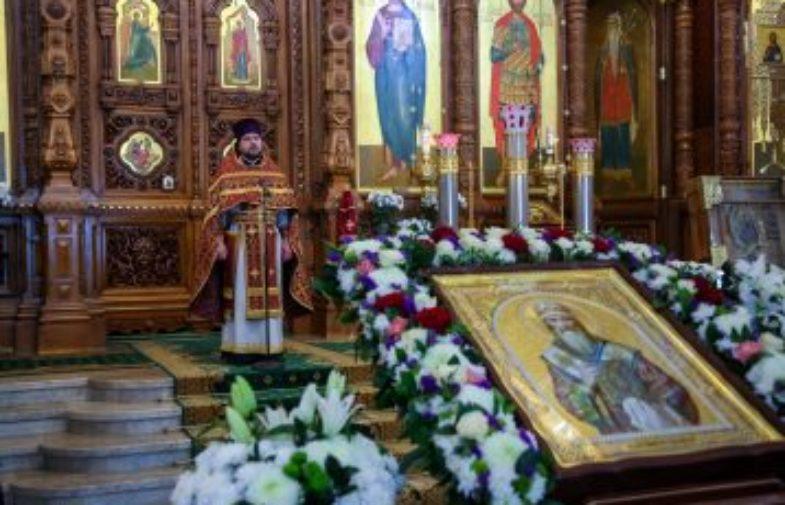 В кафедральном соборе Нижнего Новгорода торжественно встретили икону святителя Суздальского Симона – сподвижника благоверного князя Георгия Всеволодовича