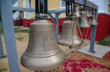 Глава Нижегородской митрополии освятил колокола Спасо-Преображенского храма Канавинского благочиния